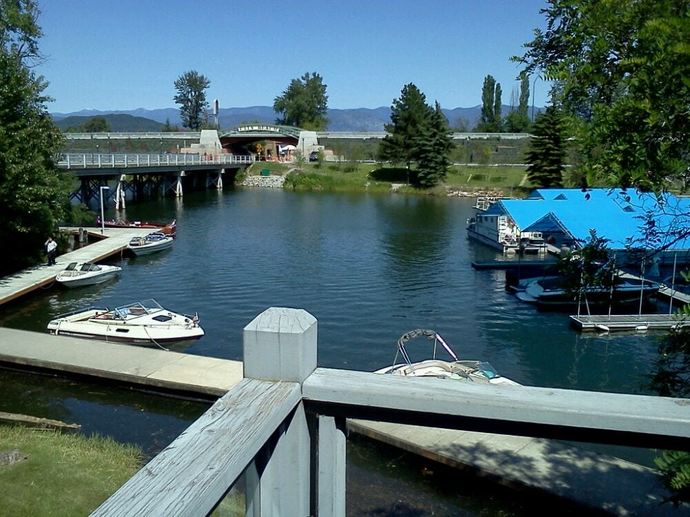 Starbucks - Sandpoint, ID, États-Unis. View from the back patio.