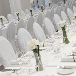Tischdekoration für lange Tafeln