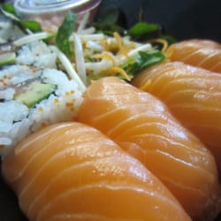 'Freedom Food Salmon' bento