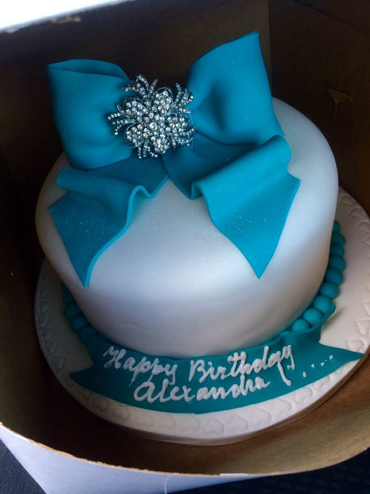 Divine Delicacies Custom Cakes Reviews