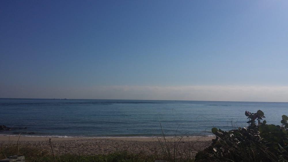 Benny S On The Beach Lake Worth Fl