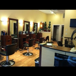 Salon d emilio north end boston ma verenigde staten for Act one salon salem nh