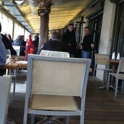 La Suite - Marseille, France. Terrasse couverte quand il ne fait pas assez chaud !