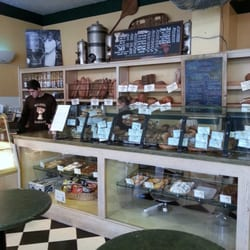 Model Bakery - Great goodies + Friendly People - Saint Helena, CA, Vereinigte Staaten