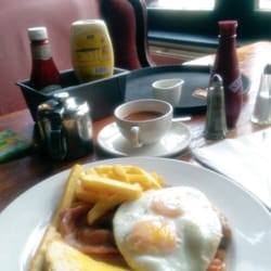 All day breakfast £6. Good quality but…