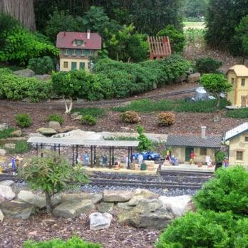 Botanical Garden 62 Photos 12 Reviews Botanical Gardens 4747 Bob Wallace Ave Sw
