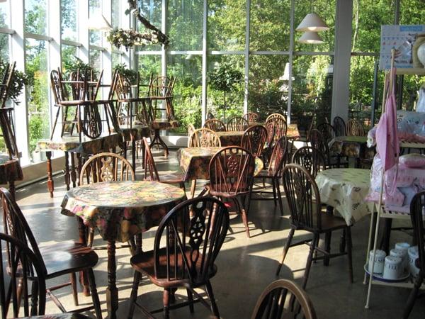 New hopetoun gardens garden centre tea rooms for Garden rooms edinburgh