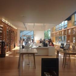 Barnes and Noble @ Georgia Tech Bookstore - Midtown ...