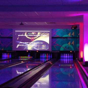 bowlhouse bowlingcenter geschlossen bowling kegeln lichtenberg berlin beitr ge. Black Bedroom Furniture Sets. Home Design Ideas