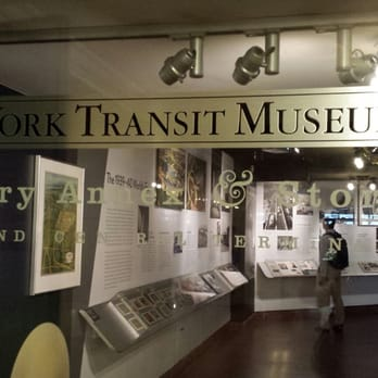 New york transit museum gallery annex store 127 photos for Ny transit museum store