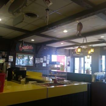 Marino s seafood 14 photos seafood restaurants for Fish restaurants in columbus ohio