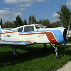 Jak-18 im Internationalen…