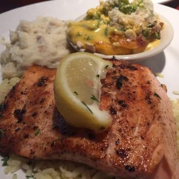 Cheddar S Scratch Kitchen Grilled Salmon Dinner