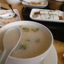 Fish congee and cheung fun