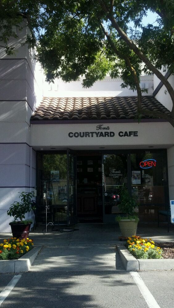 Toni S Courtyard Cafe Merced Ca
