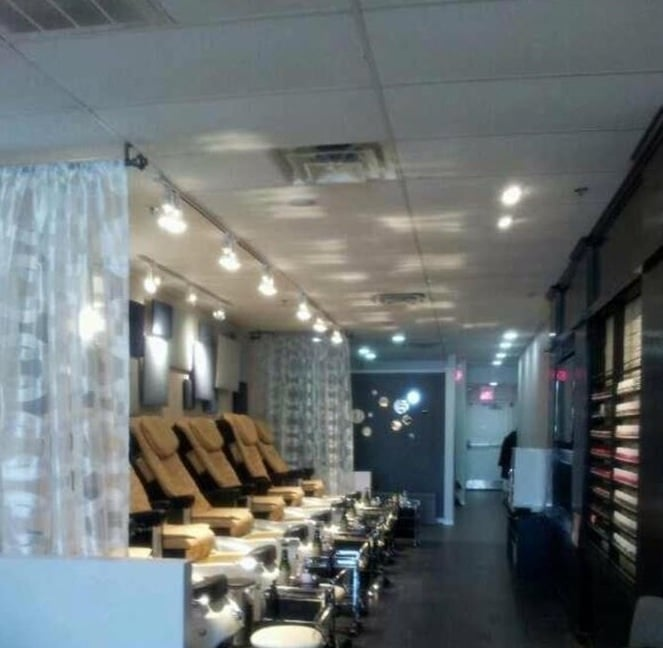 Twinkle Toes Nail Salon Nail Salons 4700 Gilbert Ave Western Springs Il United States