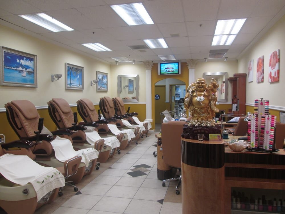 Best nails spa 77 photos nail salons scripps ranch for 7 image salon san diego