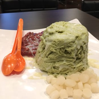BAMBU - Seattle, WA, United States. Green tea snow with red bean and ...