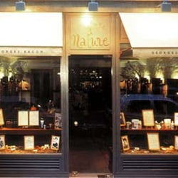 Coiffure et nature hair salons bastille paris for Hair salon paris france