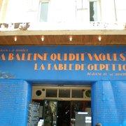 La Baleine Qui Dit Vagues - Marseille, France