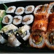 Nigiri mit Makrele, Maki mit Shitake und…