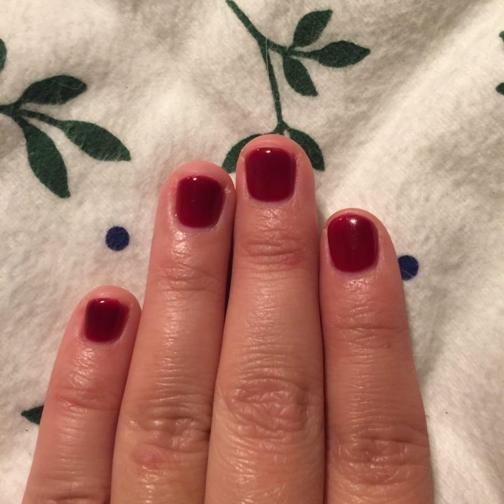 Cutting nails with gel nail polish