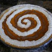 Spirels Yogurt Delites - Try a FroYo Pumpkin Pie for Thanksgiving! - South Elgin, IL, Vereinigte Staaten