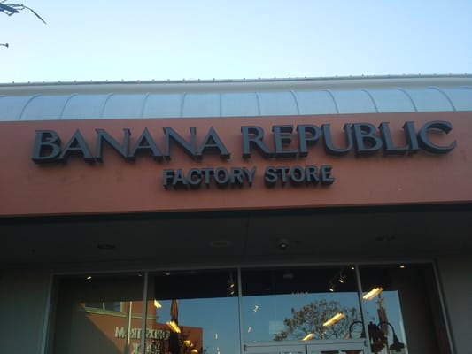 Banana Republic Coupons 10% Off $+ Purchase (Printable Coupon) Banana Republic Factory Store is offering 10% off $ or more purchases when you use this printable coupon in-store.