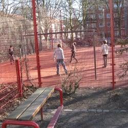 Sport- und Spielplatz im Scheideweg, Hambourg, Hamburg, Germany