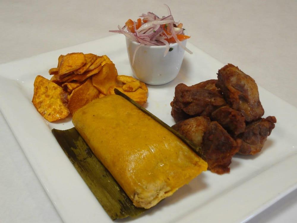 COMBINACION Desayuno Peruano: Salsa Criolla, Chicharron ...