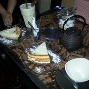 Cheesecake avec thé et milk-shake