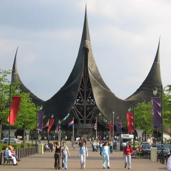 de Efteling entrance [Source: wiki]