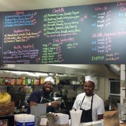 Native Bean - New York, NY, États-Unis. Always Smiling,  Iclriss and Ibrahim.