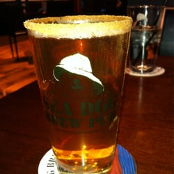 Sea Dog Brew Pub - Applehead with cinnamon rim - Woburn, MA, Vereinigte Staaten