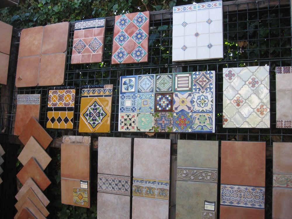 Ceramic tile centre