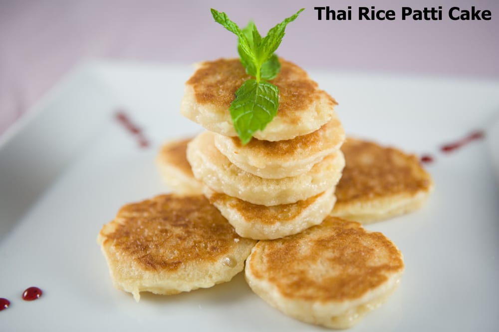 Me Dee Cafe - Chicago, IL, United States. Thai Rice Patti Cake