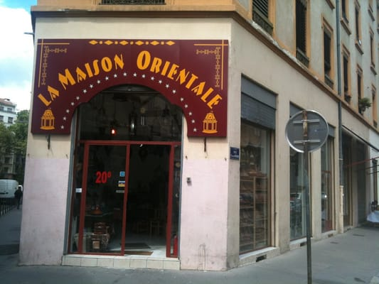 La maison orientale magasin de meuble la guilloti re for La maison lyon