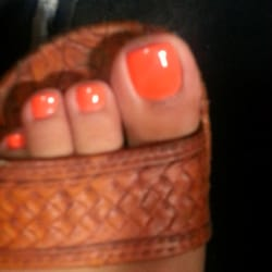Nails By Lynn logo
