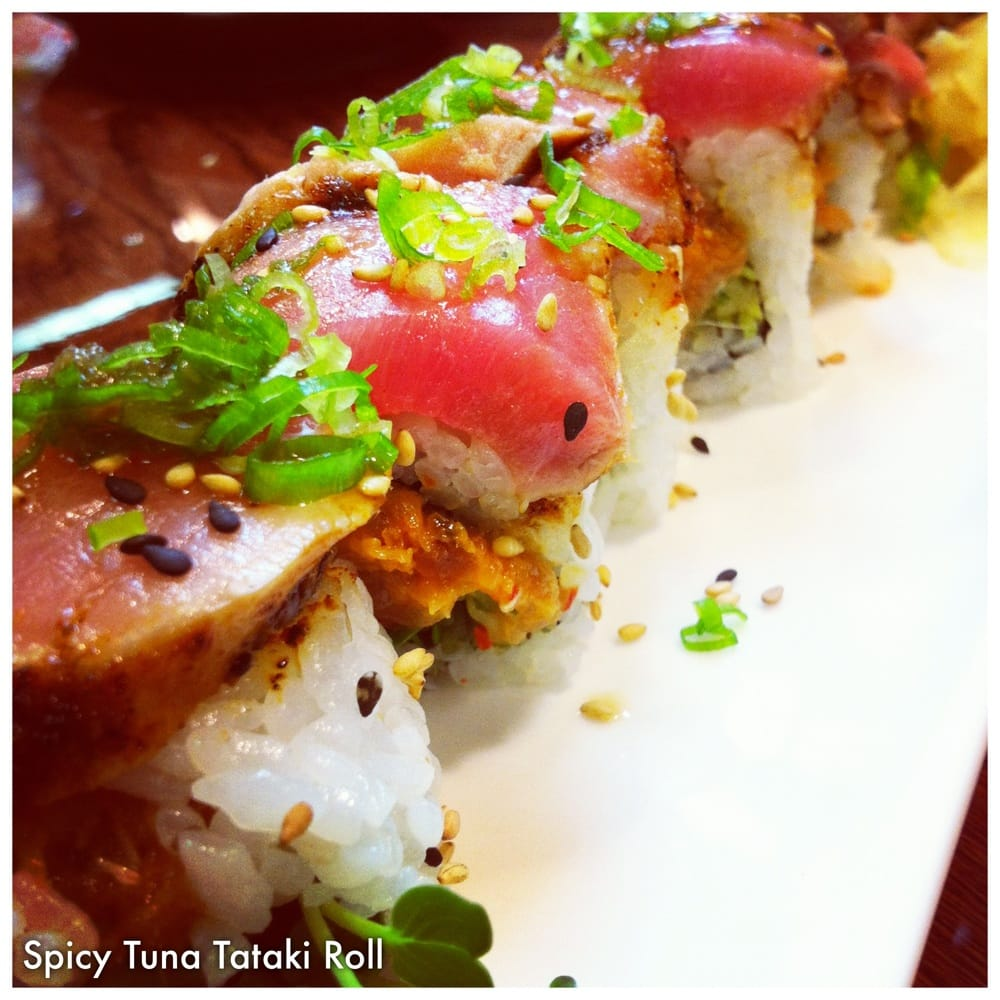 ... & Sushi Bar - Honolulu, HI, United States. Spicy Tuna Tataki Roll