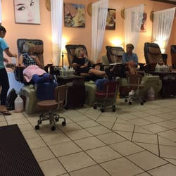 Gel Nails - Baton Rouge, LA, United States. They serve wine while