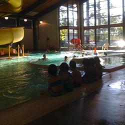 Mt scott community center pool 14 photos swimming pools southeast portland portland for Public swimming pools portland or