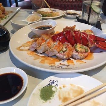 The blue fish 422 photos 475 reviews sushi bars for Blue fish sushi menu
