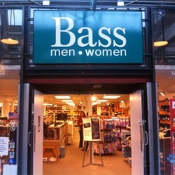 Bass Shoe Factory Outlet - Pacific Grove, CA, Vereinigte Staaten
