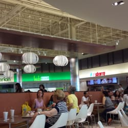 Fashion Outlets Mall - Food court - Rosemont, IL, Vereinigte Staaten