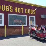 Doug's Hot Dogs - Norfolk, VA, États-Unis. Since 1973. Family owed and operated.