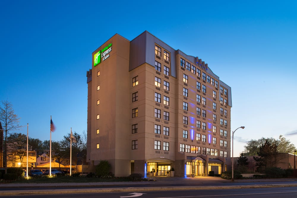 holiday inn express hotel amp suites boston   26 photos