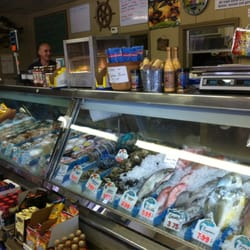 Cox s seafood market seafood markets tampa fl for Fish market tampa