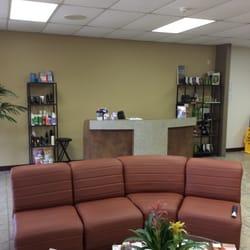 Hair Dresser on Fire - Front desk area. - Montclair, CA, Vereinigte Staaten