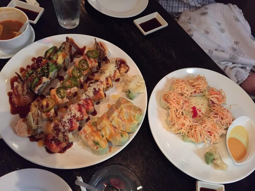 Bamboo asian cuisine sushi bar 29 foton japansk mat for Asia sushi bar and asian cuisine mashpee
