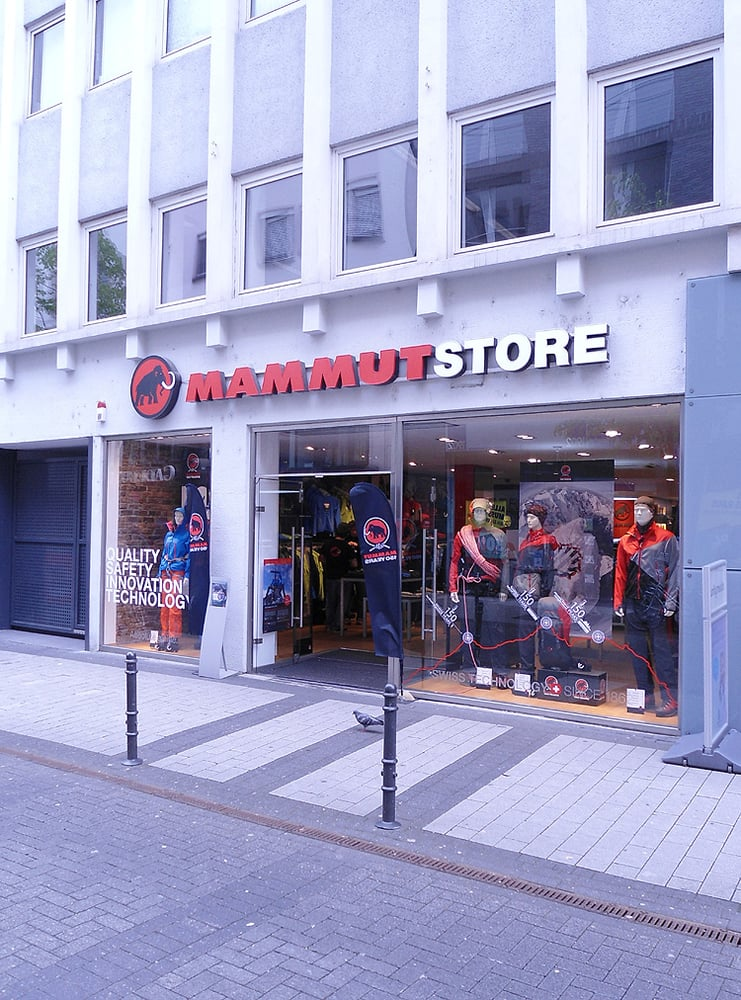 mammut store outdoor gear neumarkt viertel cologne nordrhein westfalen germany reviews. Black Bedroom Furniture Sets. Home Design Ideas